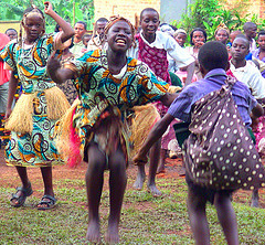 Bantu Dancing from NeilsPhotography (Flickr)